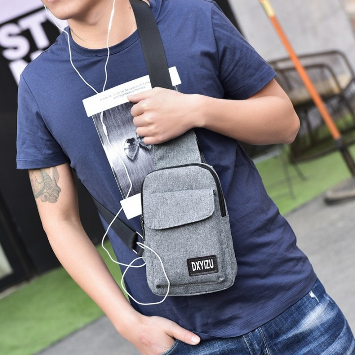 7a6964676c2e New chest bag Messenger bag version of the men s shoulder tide small  satchels men and women