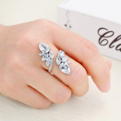 Hot European Zircon RING RING Female Crystal from Swarovski Simple fashion jewelry Fit Women Resizable