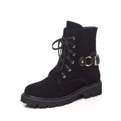 New Arrival Superstar Cow Suede Med Heels Punk Rock Motorcycle Boots Streetwear Buckle Rivets Lux