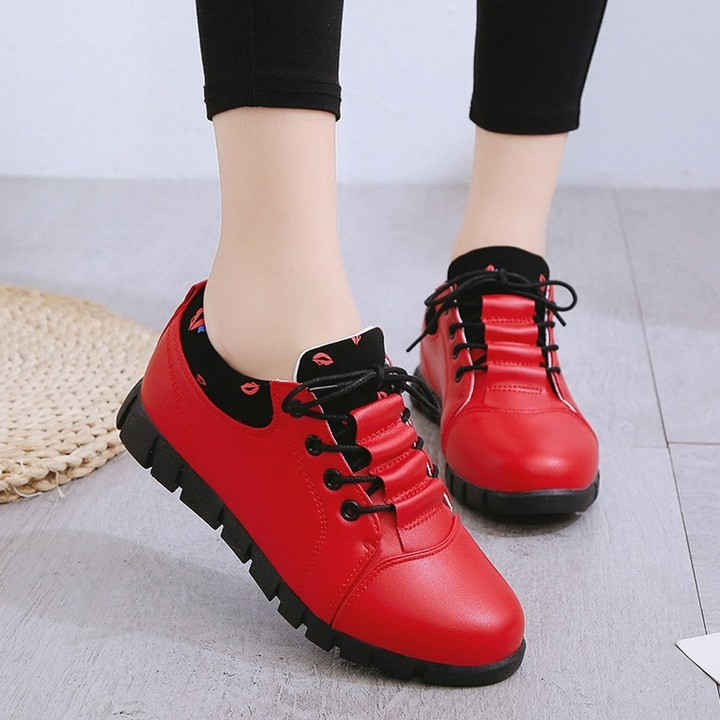 super popular c3393 f86ec Leather Shoes Casual Lace Up Comfortable Soles Sport shoes Student Shoes  sneakers for women platf
