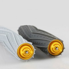 pairs of roller brushes + 6 * side brush + 3 * filter Suitable for replacement iRobot roomba 800/