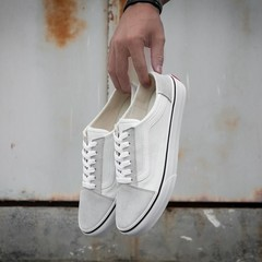 Classic Black And White Old Skool Half Root Kick Foot Sneakers women Skateboard Shoes VN0A3MUS6BT
