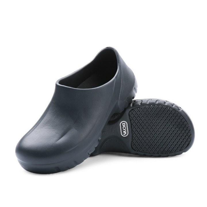 ec9e55c56b7 Chef Shoes Kitchen Working Slippers Clogs Summer Breathable Anti-skid Non  Slipping Shoes Garden C