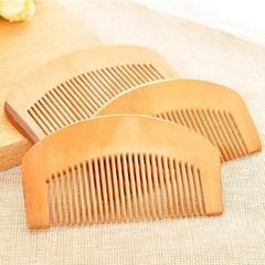 Hot Sale Practical Natural Wide Tooth Peach Wood No-static Massage Hair Mahogany Comb Make Up Too