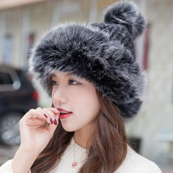 0cb1be1cb196b Pom Pom Hats Fashion Female Winter Beanies Knitted Skullies Cap ...