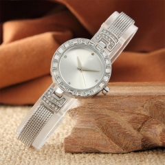 Vintage Small Fashion Stainless Steel Quartz Bracelet Watch For Women's Gift silver