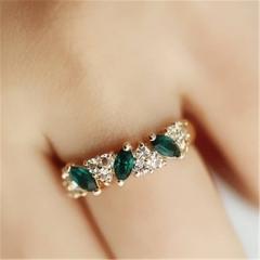2pcs Fashion Women Ladies Emerald Rhinestone Crystal Shiny Hearts Ring Chic JewelryGG gold on size