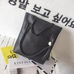 2018 New Bucket bag women genuine leather handbag female shoulder crossbody bag with tassel black one size
