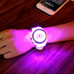 Women Men Fashion Lovers Quartz Watch Rhinestone Luminous Unisex Student Couple Watch Pink