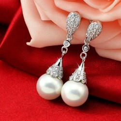 Women Copper Plated Platinum Pearl Rhinestone Earrings