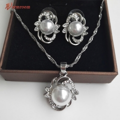 JUMEI 2 Pieces New Pearl Necklace And Earrings Flower Leaf Diamond Jewelry Set For Women Silvery s