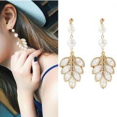 1 Pair/Set Ladies New Beautiful Personality Pearl female earrings  Women Jewellery Christmas Gift gold one pair