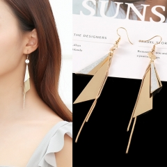 1 Pair Ladies New Beautiful Personality Gold Long Triangle Geometry Earrings For Women Jewellery as picture one pair