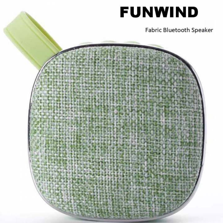 Funwind Wireless Bluetooth Acoustic Portable Pengbai sound quality pure rich level sense green portable