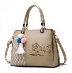 2018 women handbag shoulder bags embroidery rose handbag elegant  noble lady's bag 2 color black nomal