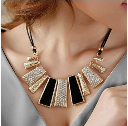 Fashion beautiful geometric leather rope rhinestone drop necklace one size as pictures one size