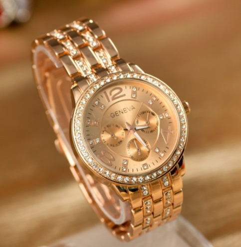 Man and Women  Watch Casual Three Clock Simulated Diamond Quartz Watches Lady Dress Wristwatches Rose one size