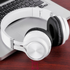 Bluetooth Headset TF card Wireless Headphone Stereo Headset Foldable Earphones With Microphone white