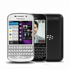 Blackberry Q20 Classic 3.5 Inches 16GB ROM 2GB RAM 4G LTE 8MP Camera Bluetooth WIFI Smartphone black