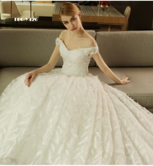 TBC Exclusive Wedding dress with feather design made-to-order gown high-quality off-shoulder s white