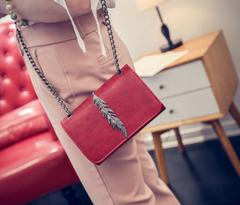 Low-price crazy purchase, time limit of 3 days!New design Fashion women handbags One-shoulder bag red free one