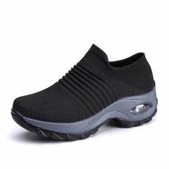 ISABLE Flying-knitted air cushion sports shoes, overshoes, fashionable casual shoes, socks and shoes black 36