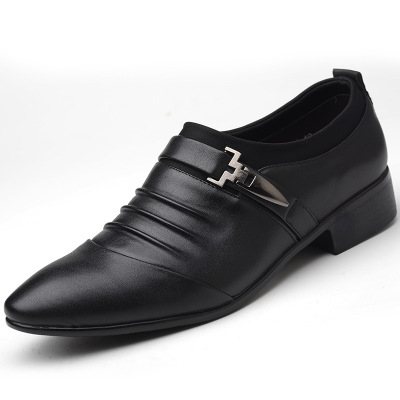 2018 new casual shoes business casual men's leather shoes British fashion sharp men's shoes. black 40 normal