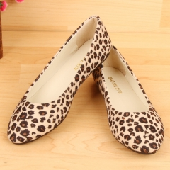 New boat shoes leopard print casual women's shoes college style flat shoes pregnant women's shoes Light yellow 35