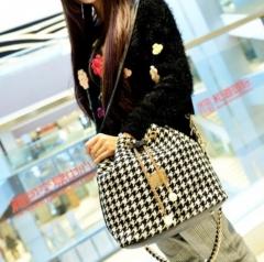 Canvas Drawstring Lady Bucket Bag New Chains Shoulder Handbags Women's Vintage Messenger Bags black 25cm x35cm x 14cm