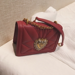 New embroidery golden chain female 2018 summer fashion Korean style single shoulder bag small bag red 20cm x 7cm x 15cm