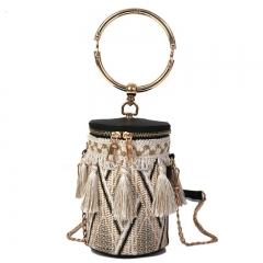 2018 new Korean style chic chain straw woven bucket single shoulder INS fashion crossbody handbag black 11.5cm x 11.5cm x 17.5cm
