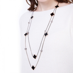 Four-leaf clasp sweater chain necklace long versatile crystal pendant necklace gold Inner length78cm