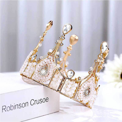 Crown cake decoration Picture color 13cmx11cm