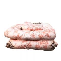Bedroom High Quality Cotton Duvet with 2 Pillow cases and 1 Bedsheet 4pcs Flowered 5*6 Size one color 5*6