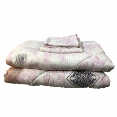 High Quality Cotton Duvet with 2 Pillow cases and 1 Bedsheet 4pcs Mixed color 5*6 Size one color 5*6