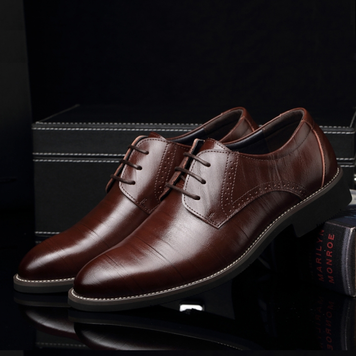 9b3f5b96ea3 2018 new men s shoes Genuine Leather Men business suit shoes men breathable  work shoes Dark brown