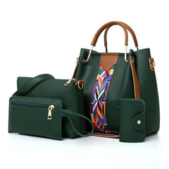 handbag green as the descriptions