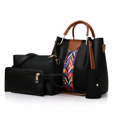 handbag black as the descriptions