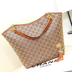 Women's bag 2019 fashion Europe and the United States printed canvas handbag shoulder bag khaki as the descriptions