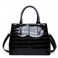 2019 new arrival fashion bright crocodile pattern goddess bag shoulder diagonal bag black as the descriptions