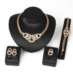Necklace Earrings Bracelet Jewelry Set Stylish 18-Carat Jewelry Set picture color one size
