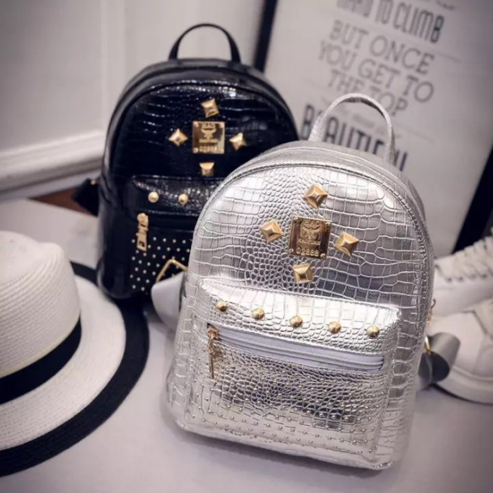 SL Women's Fashion Backpack Shiny Color Rivet Element Exquisite Style silver one size