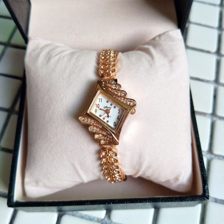 Fashion Wrist Watch Wristwatch For Women Jewelry Shiny Rhinestone Synthetic Diamond gold