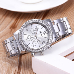 GENEVA Brand Fashion Wrist Watch Women Rhinestone Wristwatches Ladies Classic Luxury Quartz Watches silver one size