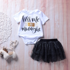 Toddler Girls' Black & White Solid Colored / Polka Dot / Print Short Sleeve Clothing Set DH001A white 80