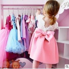 Explosion models girls dress baby small flying sleeves lace bow back princess dress Pink 100