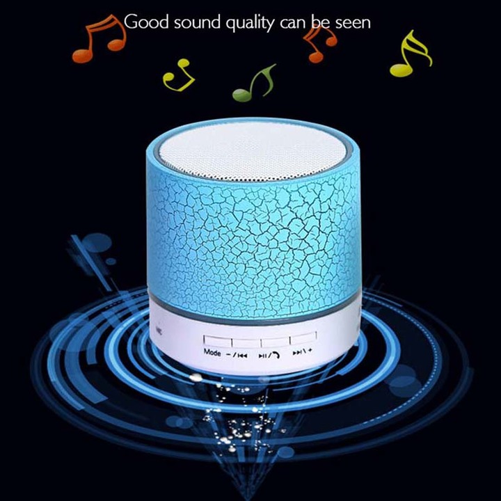 Mini Portable Wireless Bluetooth Speaker LED light emitting small speaker MP3 USB Stereo Player green 3w Small crack