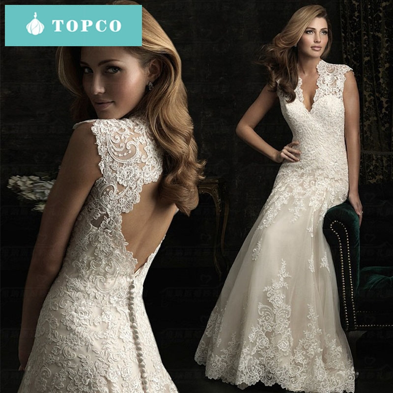 fa0b42d4d817e The new beautiful sexy and elegant lace v-neck wedding dress for the bride  l white