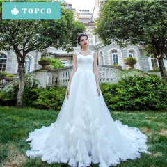 TOPCO romantic Luxury big tailing Slim fit wedding dress with wing bride gowns Beauty wedding gown xs tailing wedding dress