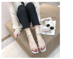 Women's Shoes Flat-heeled Transparent Diamond Sandals Women's New Fashion Roman Shoes 2019 white 35